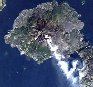 上空から見た桜島.jpg